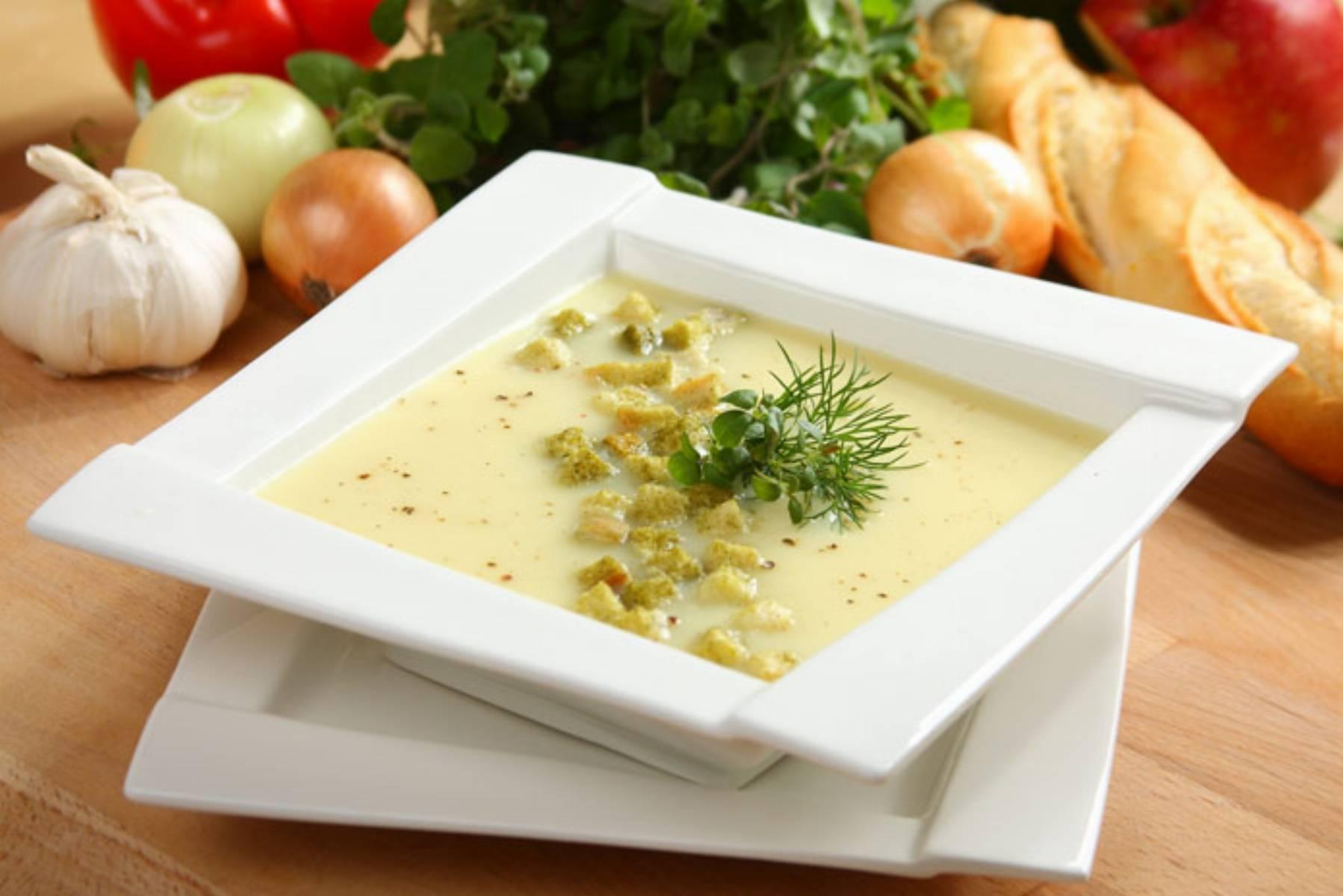 Kremowa-zupa-selerowa