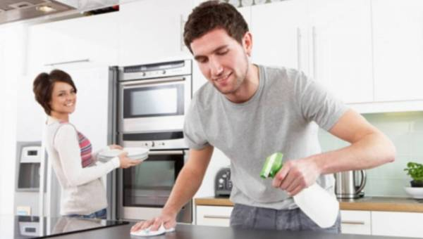 Jak sprawić, by facet pomagał w domu