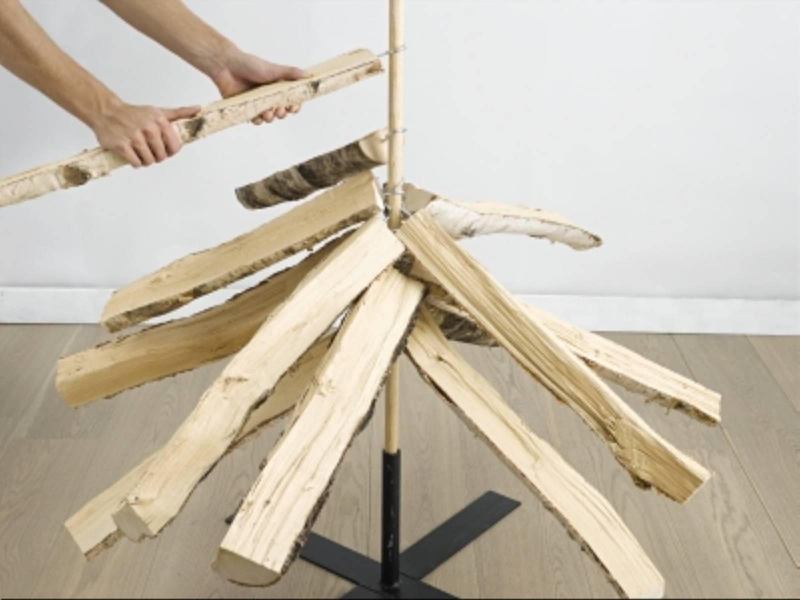 fot. Bosch Choinka ze szczap drewna (5)