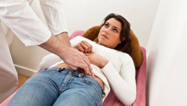 Zespół policystycznych jajników – objawy i leczenie