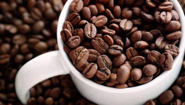 Specjalista kosmetologii zdradza przepis na peeling kawowy