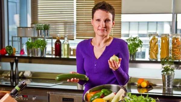 Ekspert radzi: jak dusić potrawy by było zdrowo i smacznie?