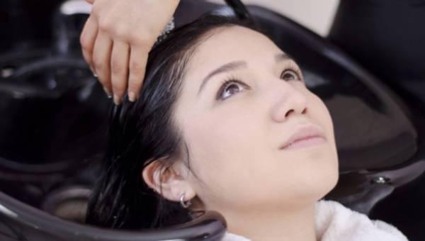 Mycie włosów – sprawdź, czy robisz to prawidłowo!