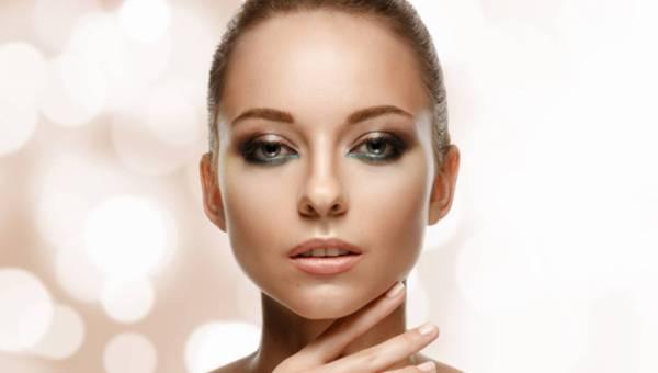 Makijaż z Golden Rose na wiosnę. Postaw na naturalny look