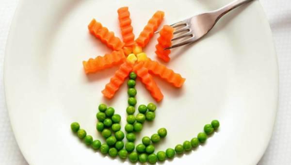 Jak zachęcić dziecko do jedzenia warzyw i owoców ?