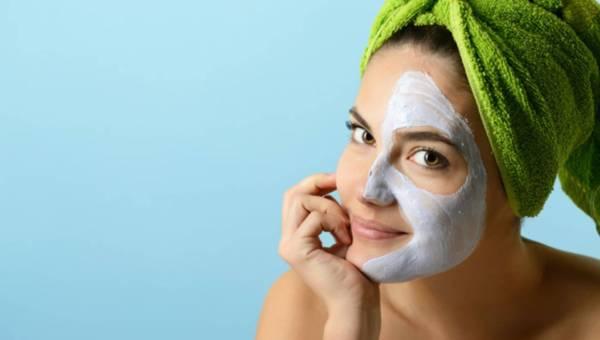 Profesjonalne i domowe maseczki dla wiosennej regeneracji skóry