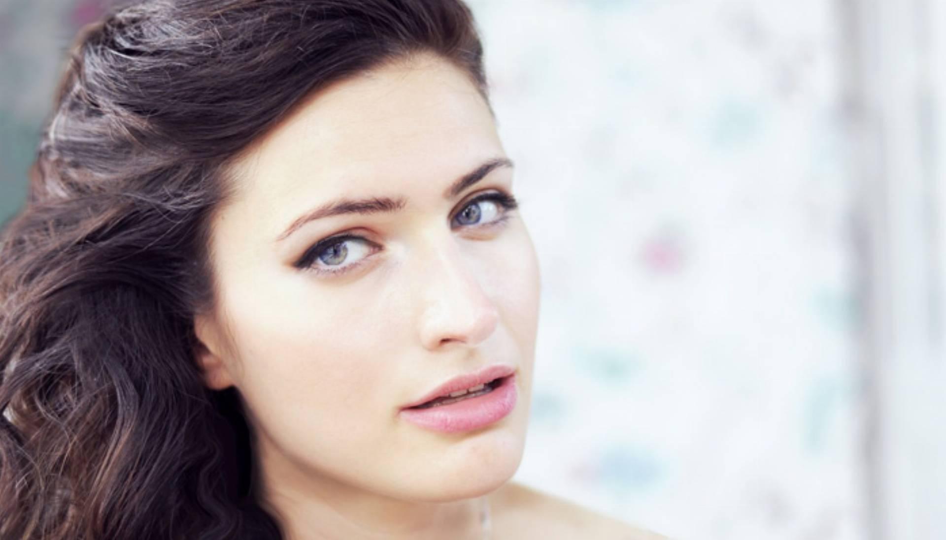 Pielęgnacja skóry wokół oczu i ust