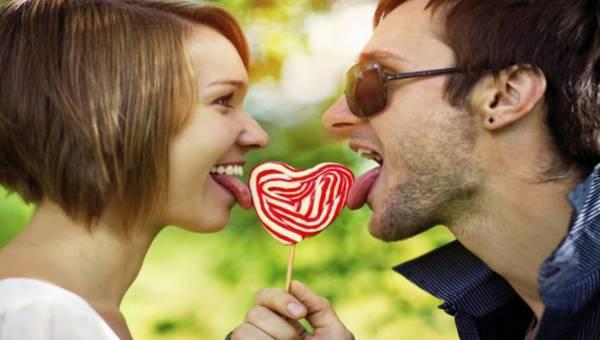Po czym poznać szczęśliwą parę – 5 oznak