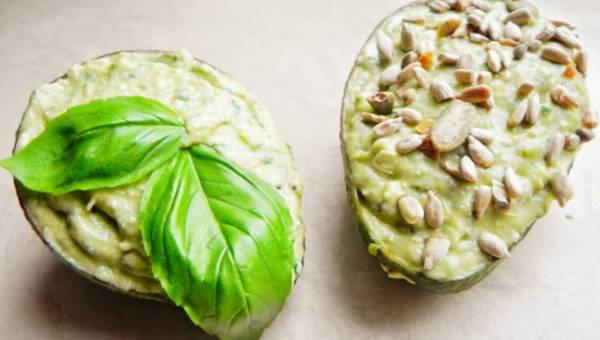 Zdrowa dieta na wiosnę – oczyszczanie przy pomocy przypraw, ziół i nasion