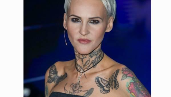 Minimalistyczne tatuaże dla kobiet – pomysły i ich symbolika