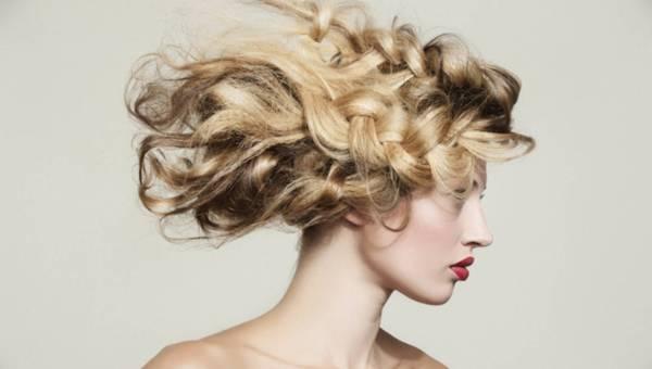 Fryzury z długich włosów według Balmain Hair
