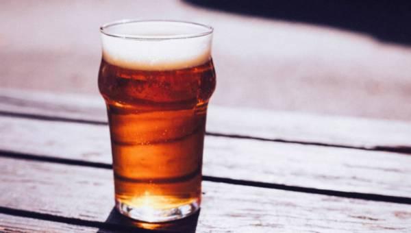 Maseczka piwna na włosy i inne domowe zabiegi na bazie piwa