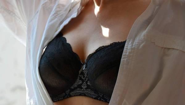 Brafitting – jak dobrać biustonosz? To może zdziałać cuda z Twoim biustem!