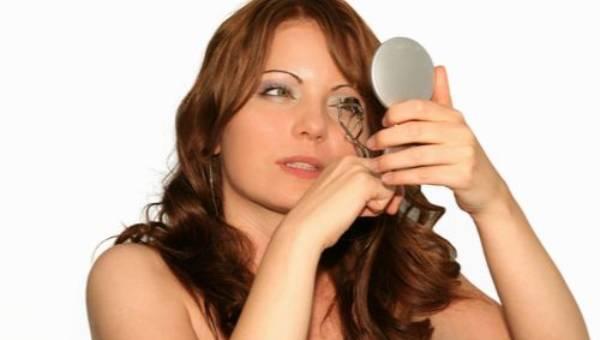 10 największych błędów kosmetycznych, które zauważają mężczyźni