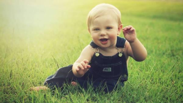 Wyjazd na urlop z niemowlakiem – czy to bezpieczne?