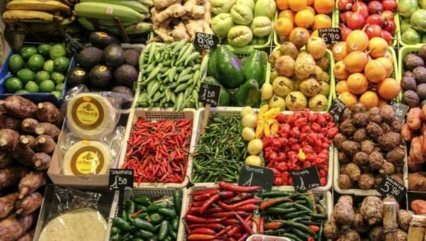 Owoce i warzywa – must have na lato! Dlaczego?
