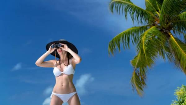 Wakacyjna kosmetyczka – co powinnaś wziąć ze sobą na urlop?