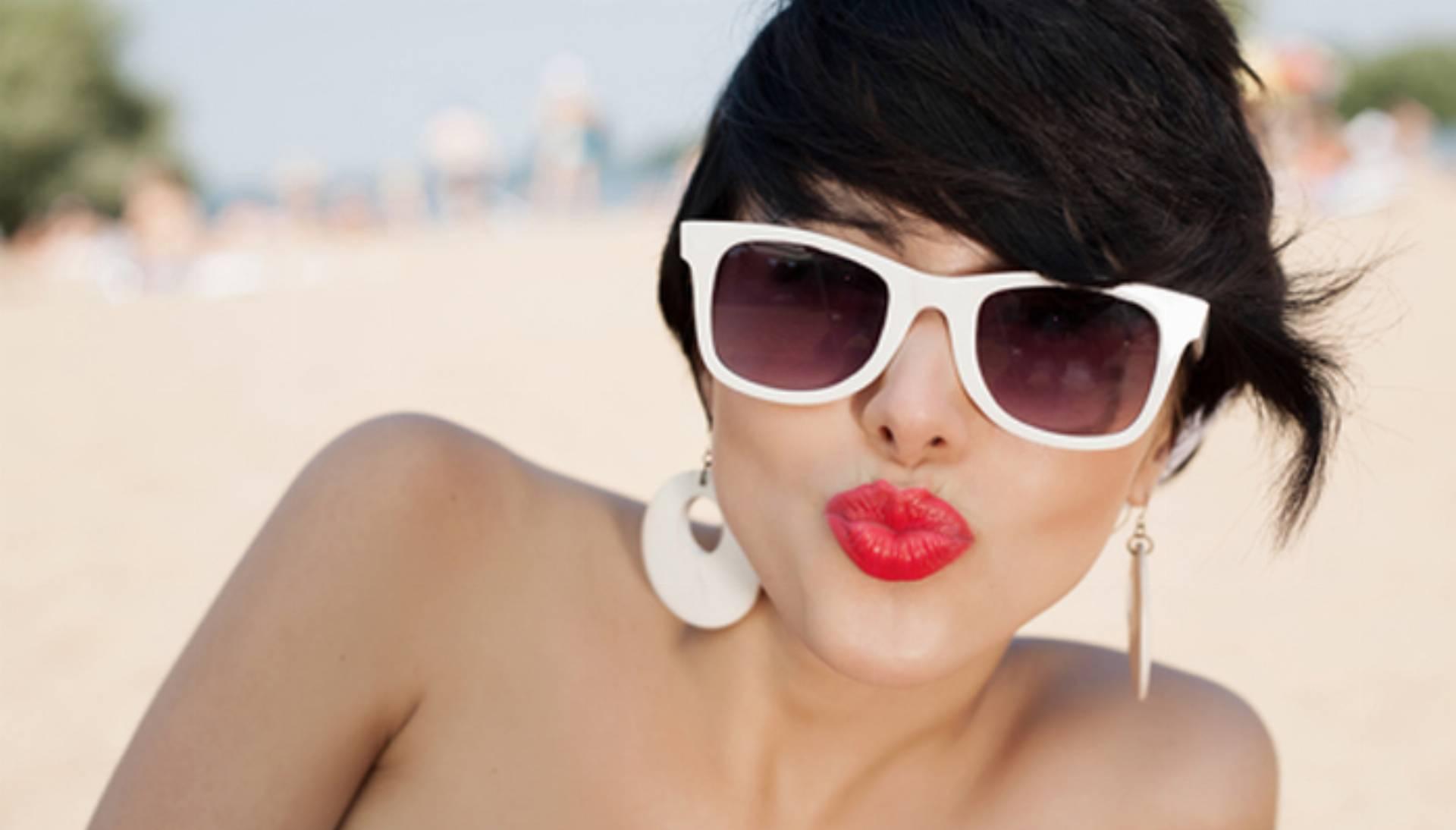 lato, kobiera, plaża, opalanie, skóra, usta, okulary