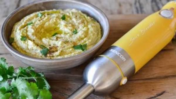 Przepis na: Hummus z aromatyczną kolendrą
