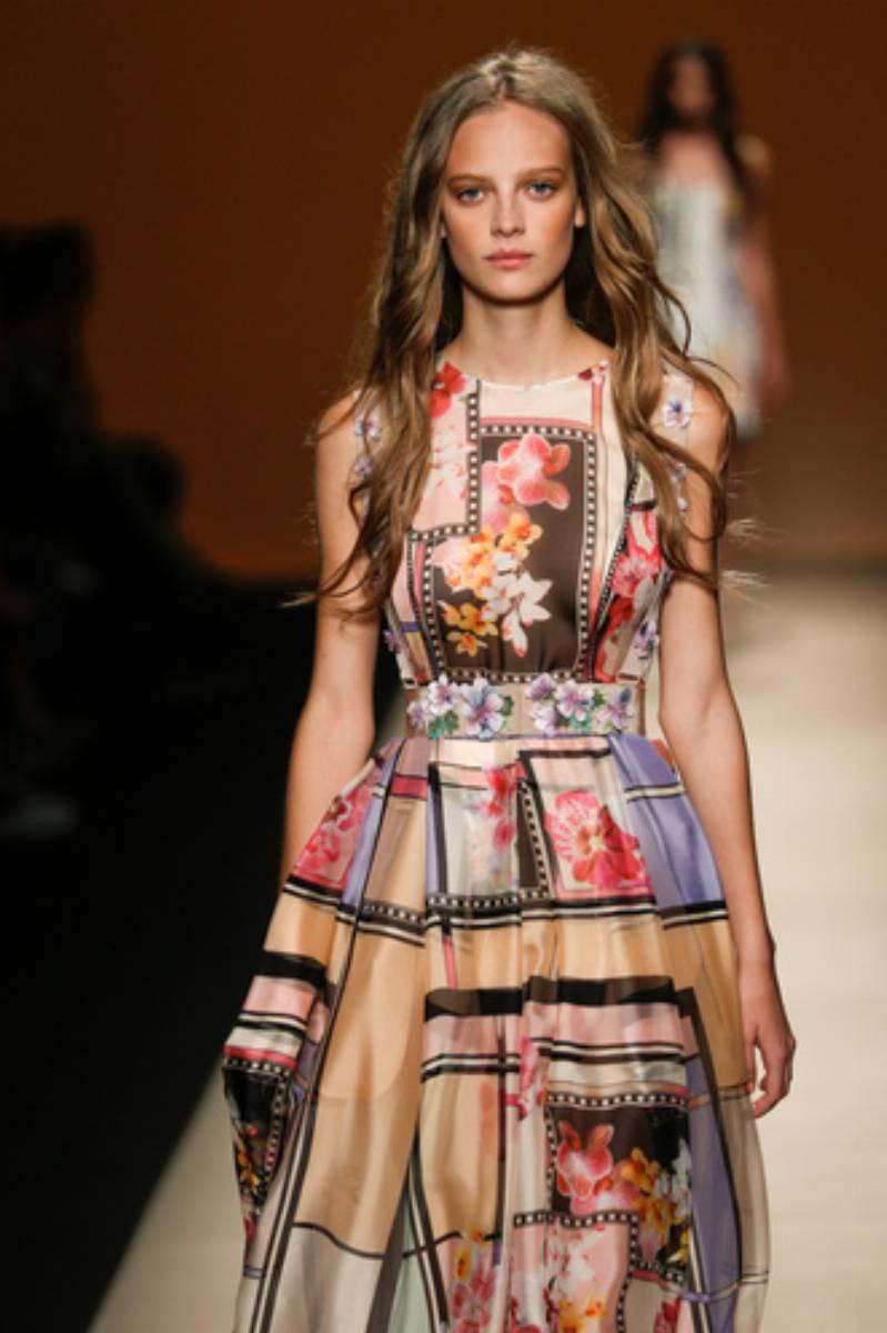 Pokaz-mody-Alberta-Ferretti