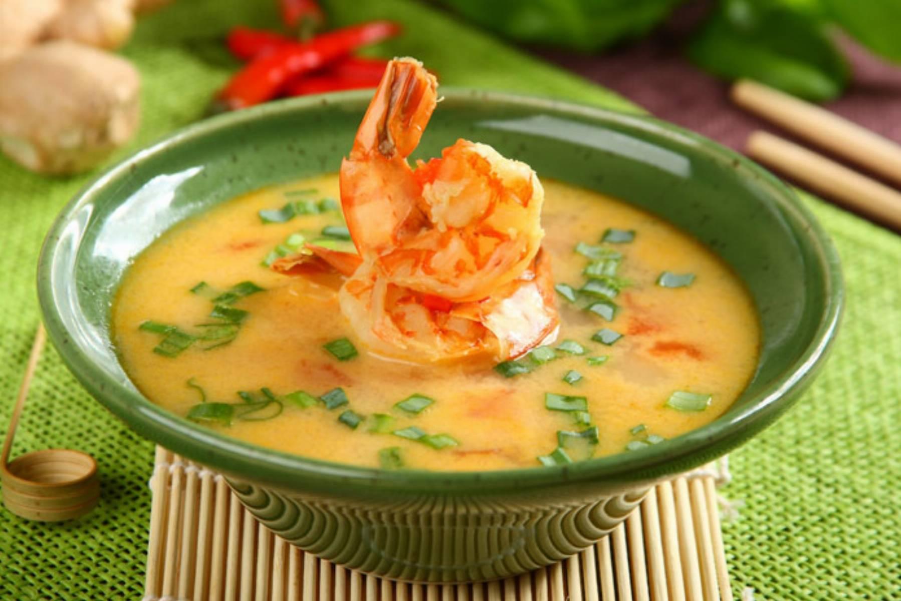 Tajska zupa krewetkowa