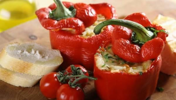 Dla wegetarian: Zapiekana papryka z soczewicą