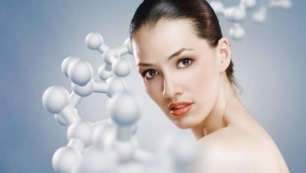 Kosmetyki z peptydami – rewolucja w Twoim słoiczku z kremem