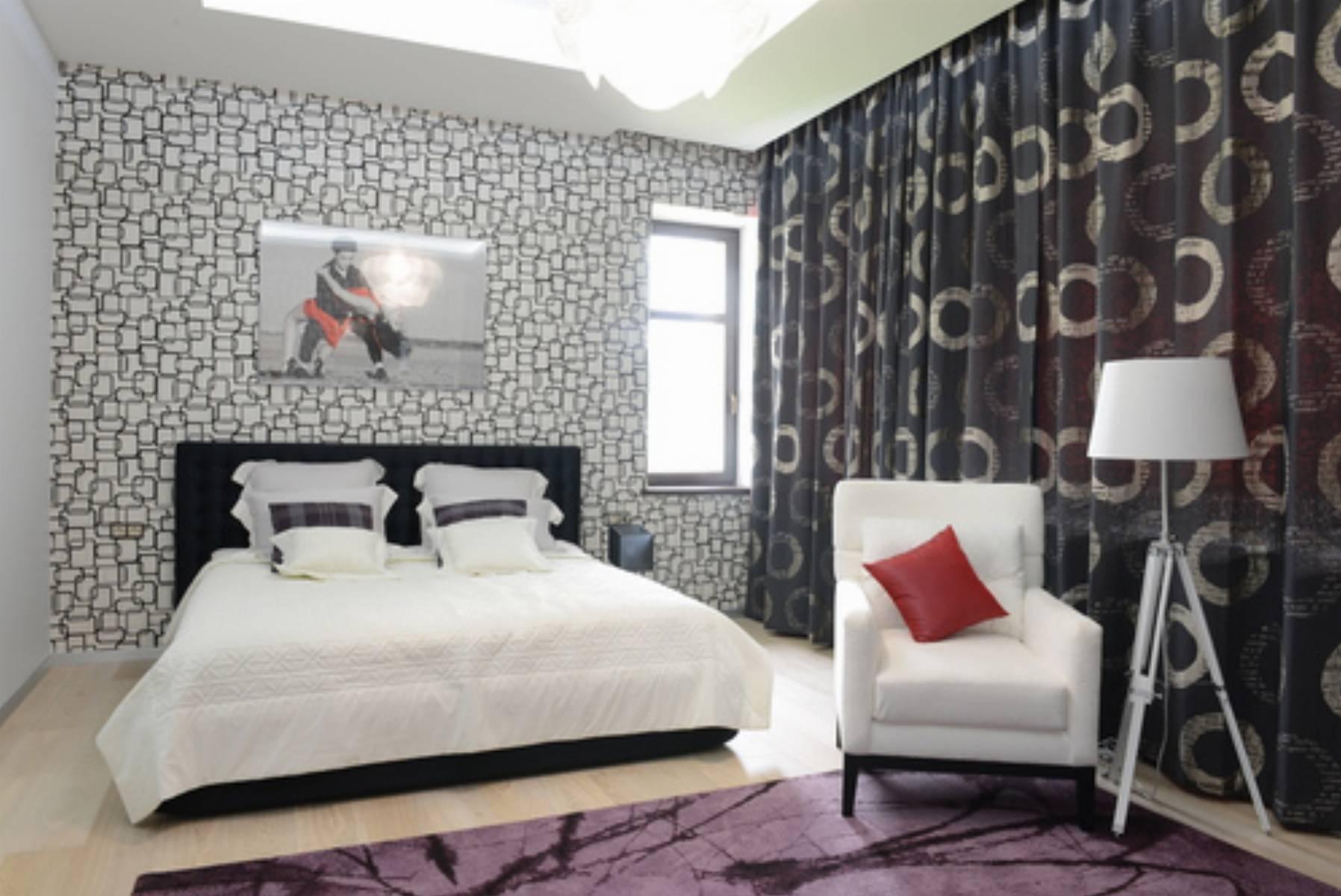 jak udekorowa okno w nowoczesny spos b. Black Bedroom Furniture Sets. Home Design Ideas