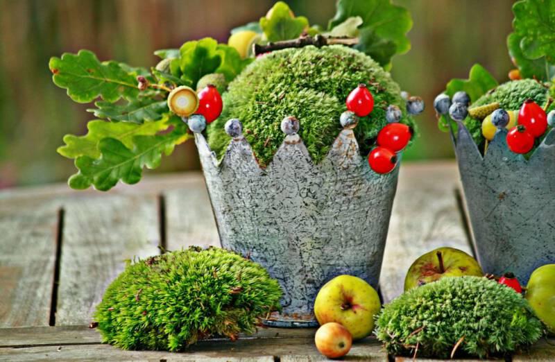 jesienna dekoracja z mchem