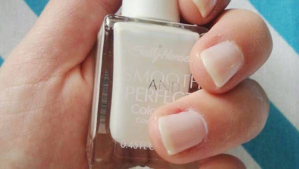 Sally Hansen, Smooth Perfect 01 Fog, Lakier do paznokci