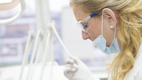 Wybity ząb – czy da się go uratować?