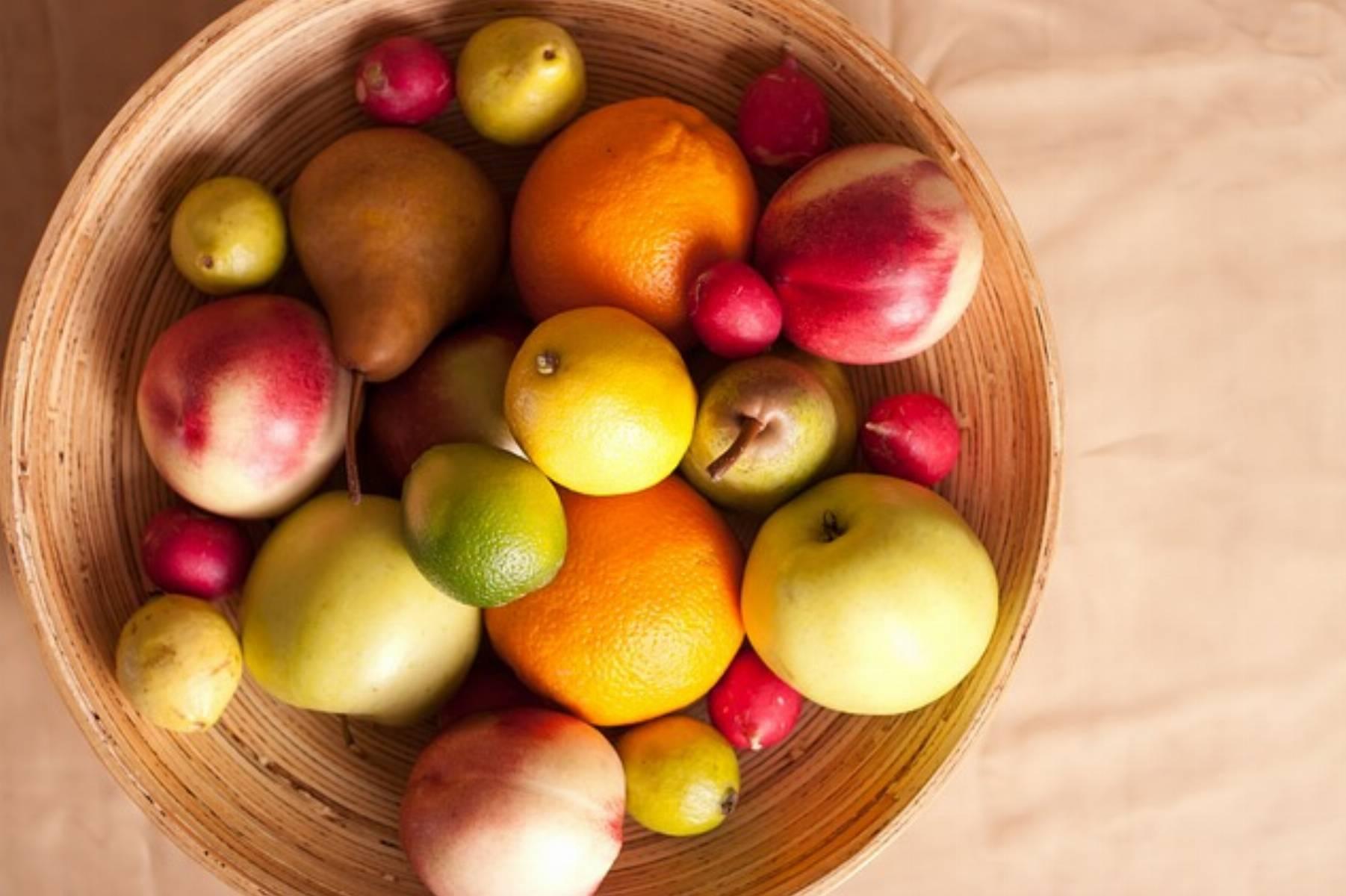 fruits-601742_640