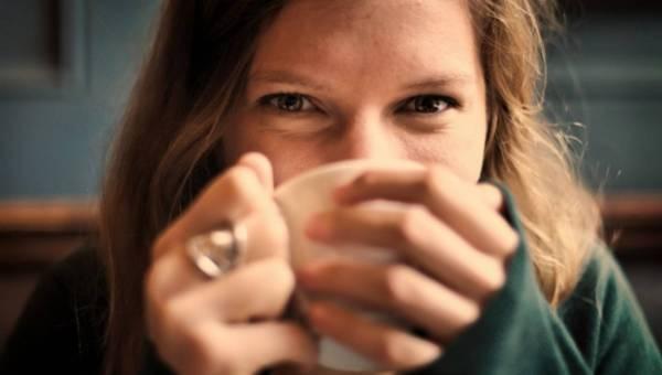 Co jeść i pić by uniknąć przeziębień jesienią?