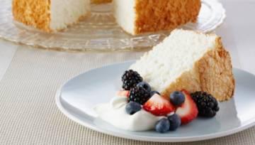 Biszkopt na białkach: Ciasto Anielskie – przepis Anny Olson