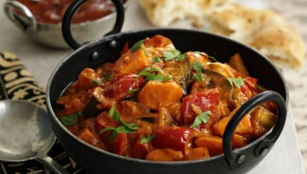 Dla wegetarian: Masala ze słodkich ziemniaków i bakłażana