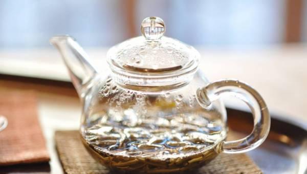 Zdrowotne właściwości herbaty – jak dobrze je znasz?