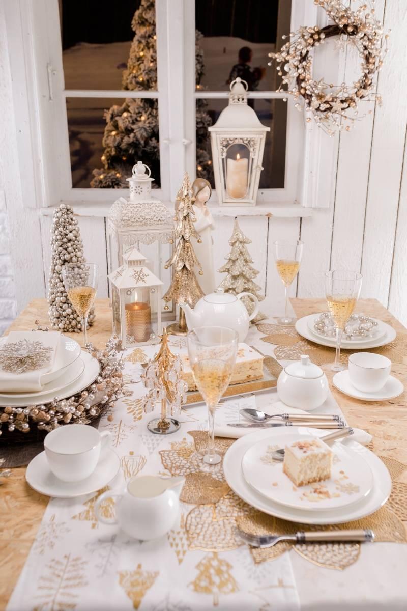 Jak udekorować stół na Święta Bożego Narodzenia