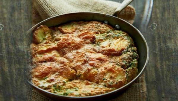 Dla wegetarian: Omlet z ziemniakami – czyli tortilla de patatas