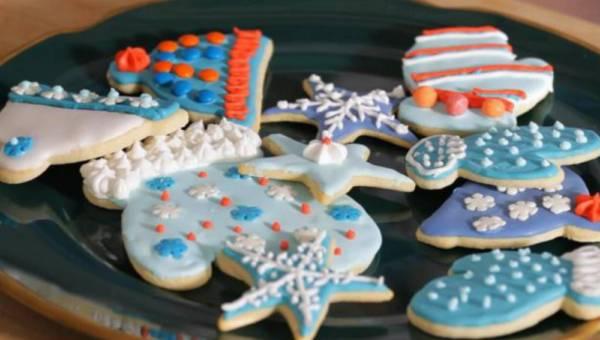Dekorowanie ciasteczek i pierniczków lukrem – krok po kroku