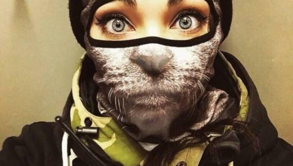 Idealne pomysły na choinkowe prezenty dla miłośników kotów – 20 top propozycji