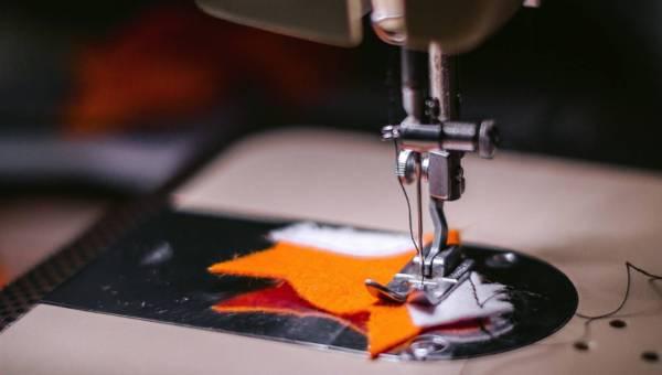 Ile kosztuje szycie ubrań ? Zostań własną projektantką!