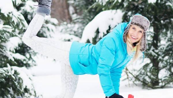 Trenerka Fitness radzi i pokazuje ćwiczenia: Jak dbać o nogi, by były szczupłe i zgrabne?