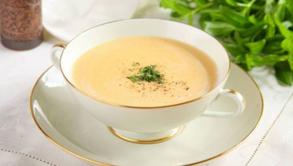 Łatwa zupa krem z selera