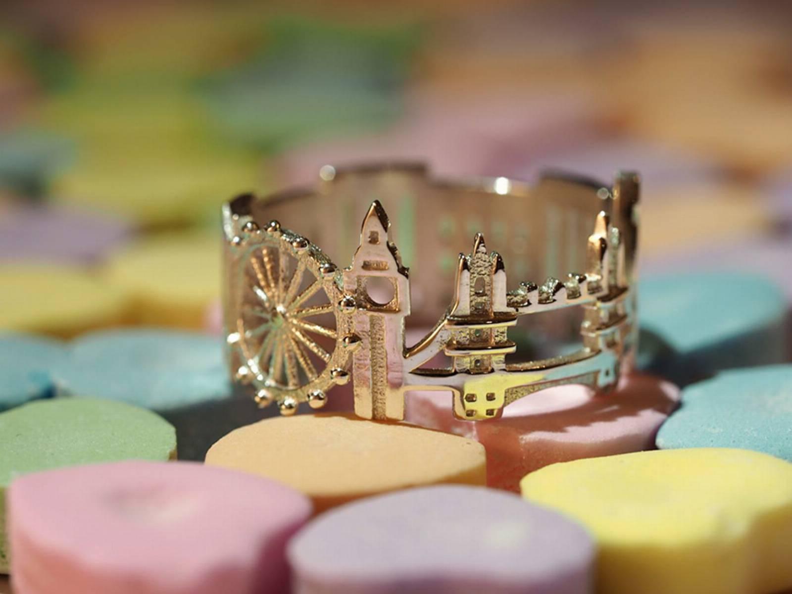 londyn pierścionek
