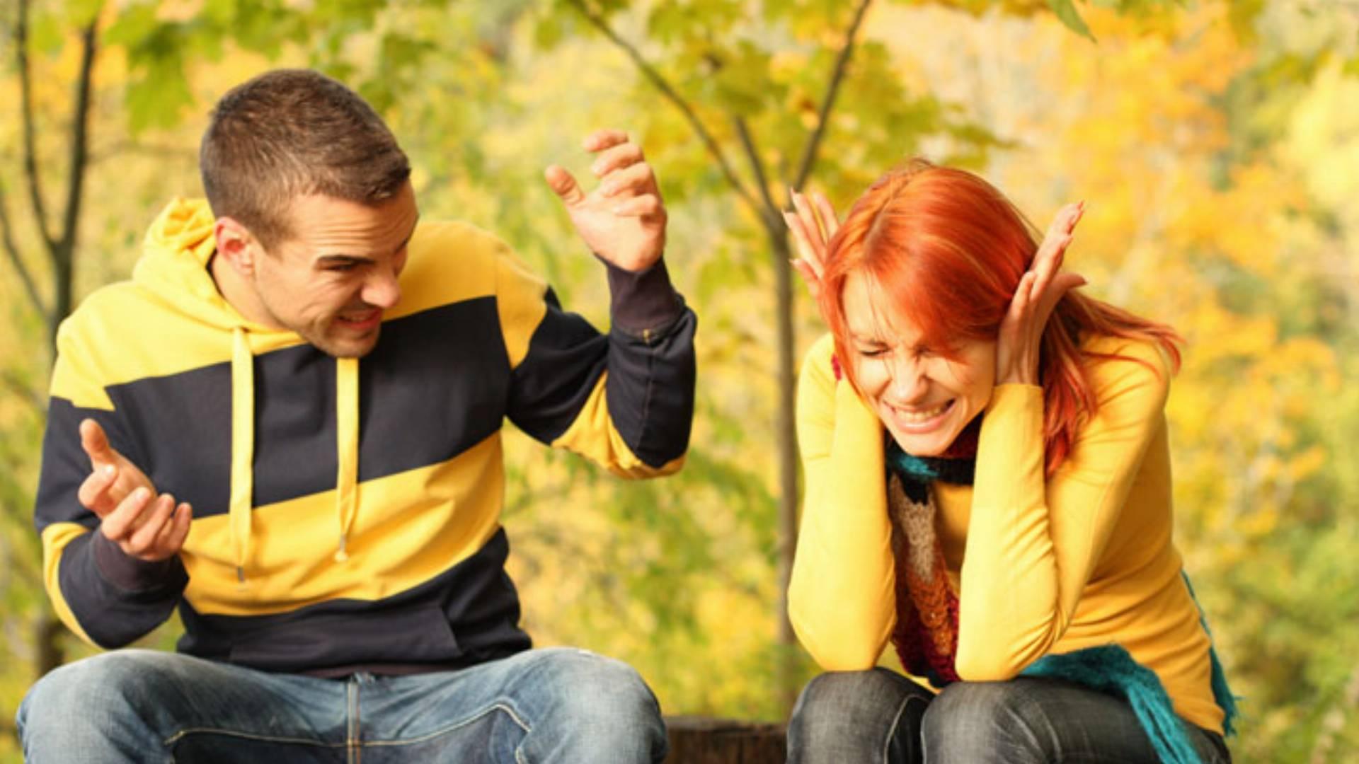 kłótnia pary miłosć dobiega końca