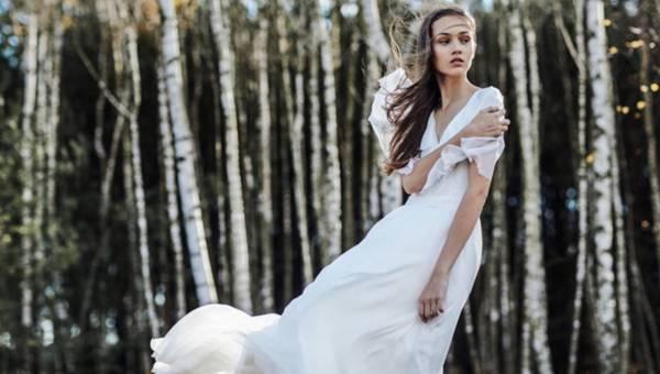 Zwiewne suknie ślubne w kolekcji  ANEMOI wiosna lato 2016