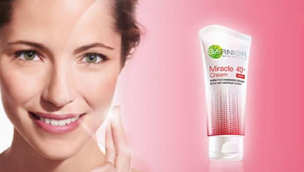 Krem przeciwzmarszczkowy 40+. Poznaj efekt metamorfozy skóry z gamą kosmetyków Garnier Miracle Cream!