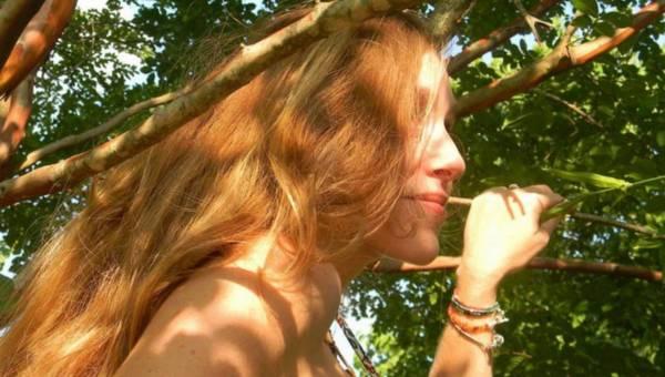 Ekspert radzi: Wiosenna pielęgnacja włosów w 4 krokach