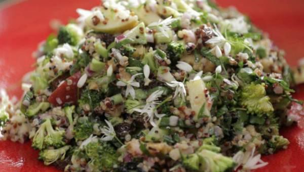 Łatwa sałatka brokułowa