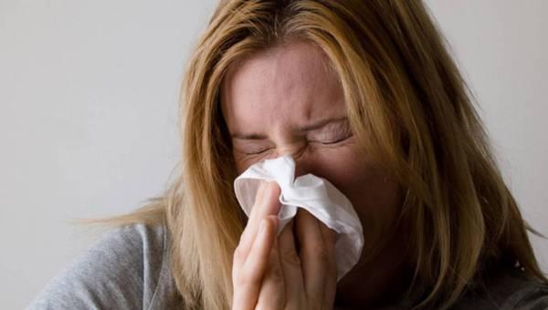 Jak dbać o skórę podczas przeziębienia?